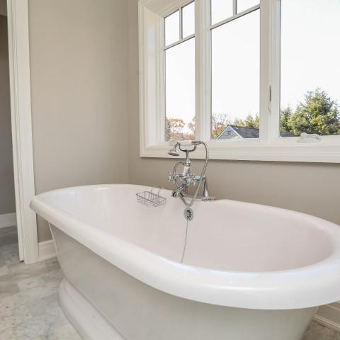 Classic Freestanding Tub