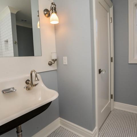 Wall-mounted Wash Sink