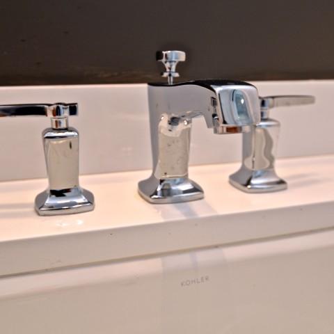 4V main faucet